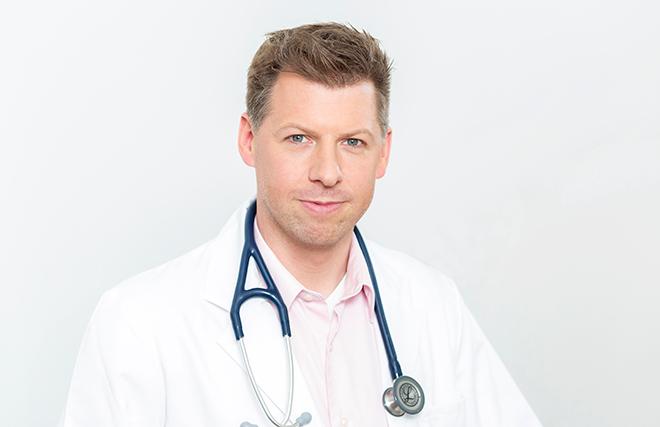 Dr. Gustav Huber